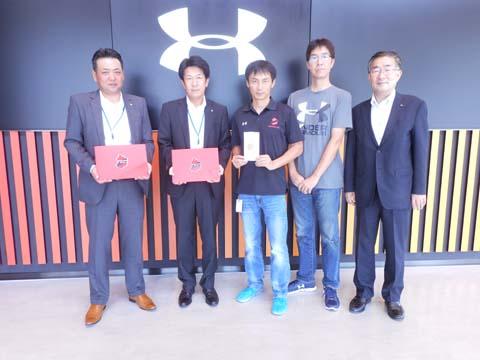 右から、いわきサッカー協会・小野副会長、ドーム吉田部長、いわきFC・木村部長、高橋社長、三部営業部長